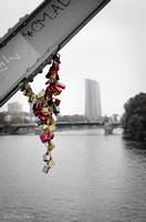Frankfurt, locking bridge.